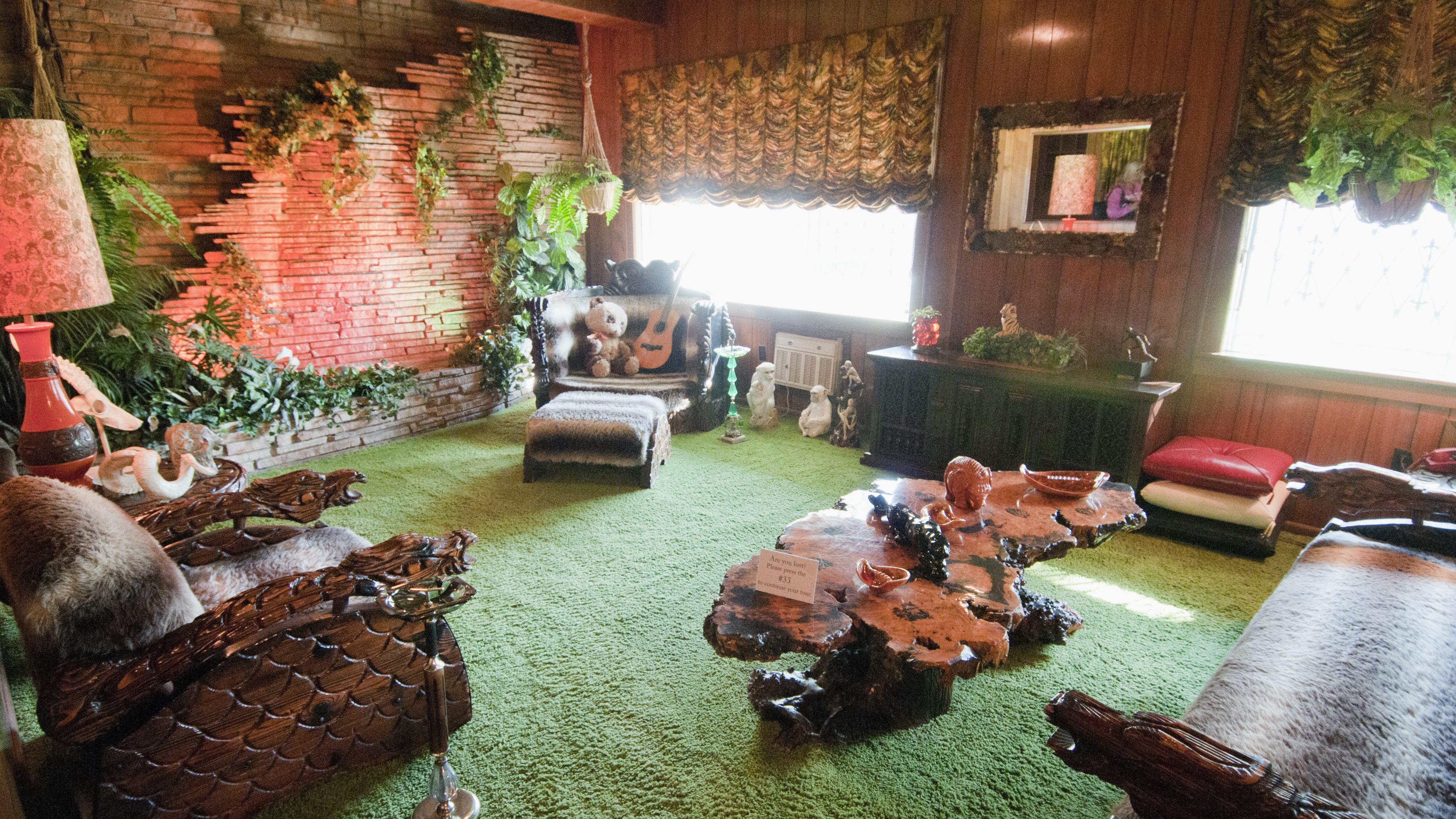 Кімната Jungle room у маєтку Преслі