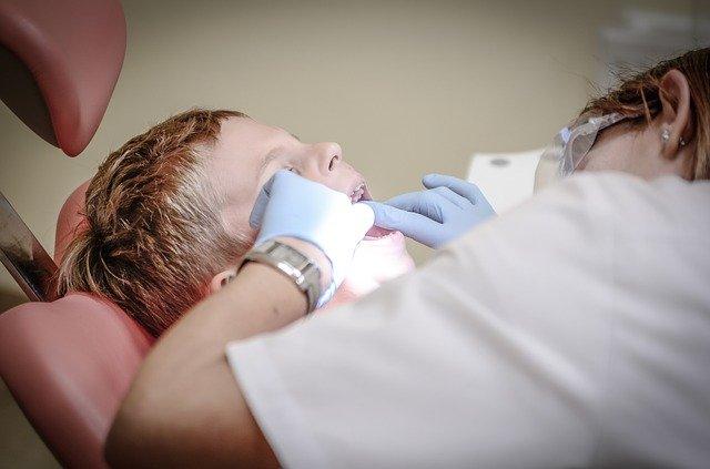 зуби у дитини, стоматолог
