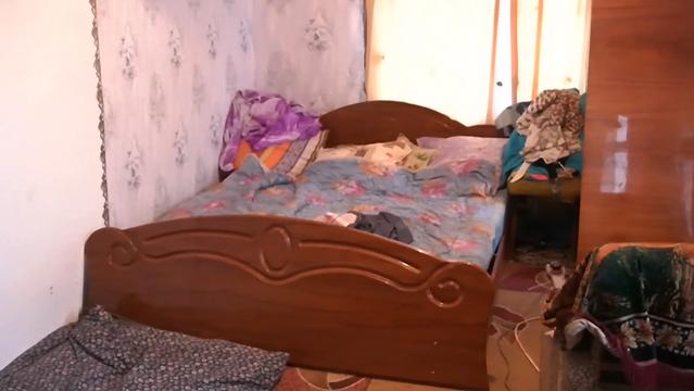 На очах п'яної матері: на Хмельниччині вітчим зґвалтував 12-річну падчерку