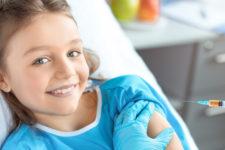 Через Дію не вийде: як записати дитину або батьків на Covid-вакцинацію