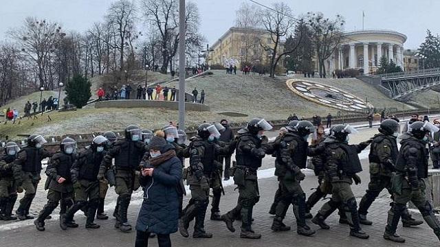 Податковий Майдан 2020- як проходить мітинг у Києві (ВІДЕО та ФОТО)