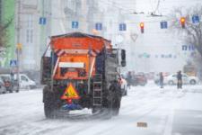 Более 1,2 тыс. аварий в сутки: снегопад в Украине вызвал пробки и ДТП