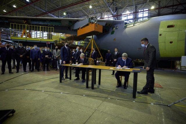 Літаки Антонова Міноборони вперше закупить для армії України