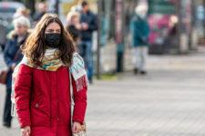 За добу 9 144 українців захворіли на коронавірус, майже третину госпіталізовано