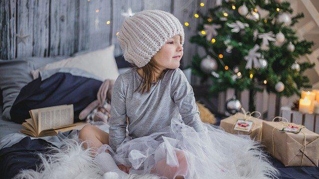 ребенок на рождество
