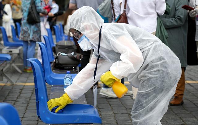 Госпіталізовано понад 3 тис: в Україні за добу 5 850 нових випадків коронавірусу