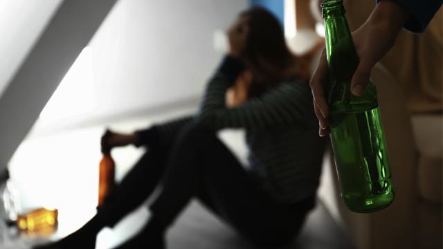 П'яна вечірка з продовженням: у Первомайську підліток зґвалтував 35-річну жінку