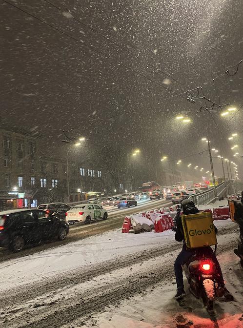 Затори у Києві 14 січня через снігопад (ОНЛАЙН-КАРТА)