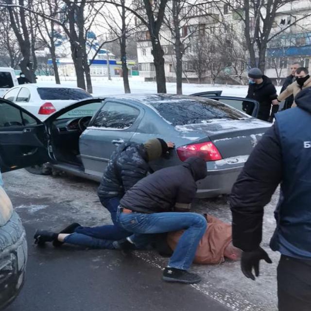 затримання поліцейського у Києві