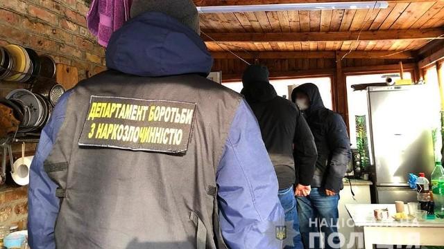 Нарколабораторія на Київщині – викрили злочинну групу