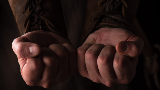 кулаки, бійка