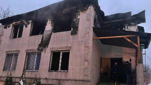 15 загиблих і затримання власника: подробиці пожежі в будинку для літніх людей у Харкові