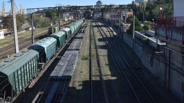В Одесі 12-річного хлопчика вразило струмом на вагоні потягу – дитина у лікарні