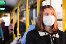 AstraZeneca на пути в Украину и усиления карантина в Польше: коронавирус 22 февраля