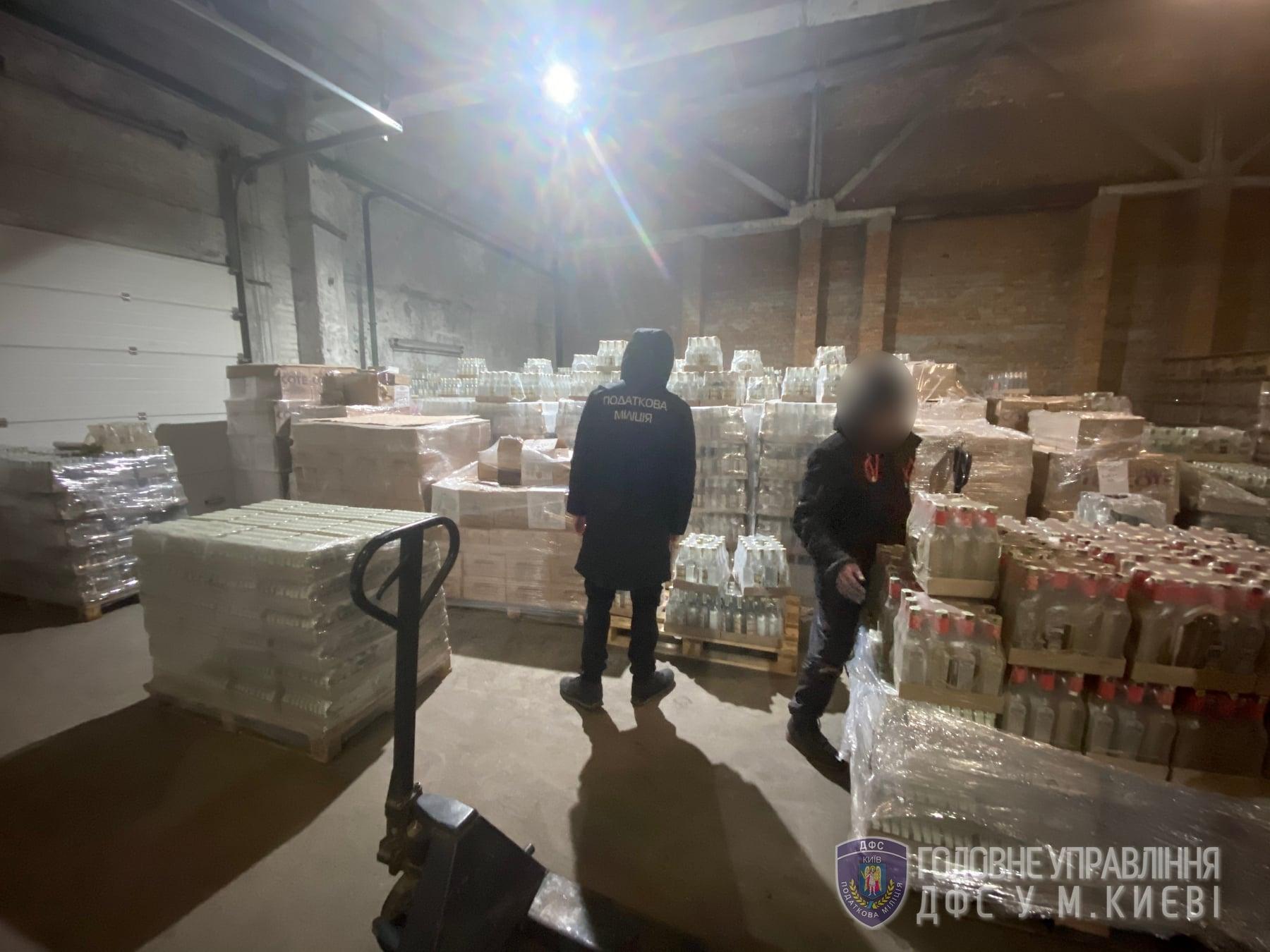У Києві вилучили фальсифікований алкоголь на суму 2 млн грн