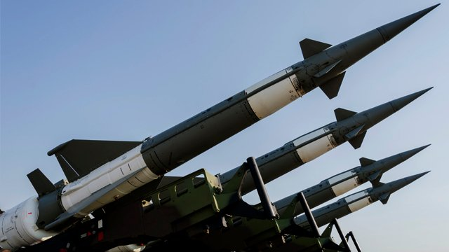 Світові витрати на оборону досягли $1,93 трлн