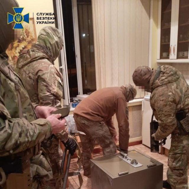 """З """"ЛНР"""" в Україну постачали товари під виглядом російського виробництва"""