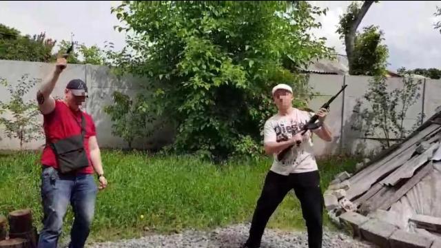 15 учасників та екс-поліцейський: на Київщині судитимуть злочинну групу