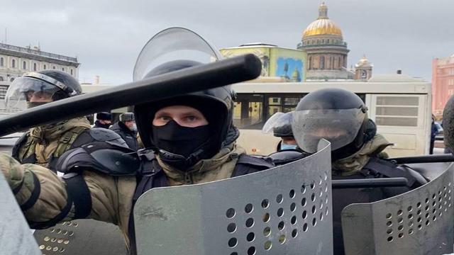 силовики на протестах в РФ