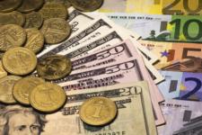 Незначне здорожчання євро й долара: курс валют на 22 лютого