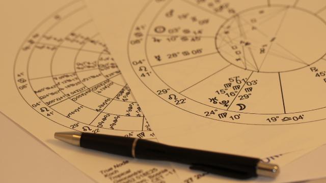 Даты знаков зодиака по месяцам: что нужно знать