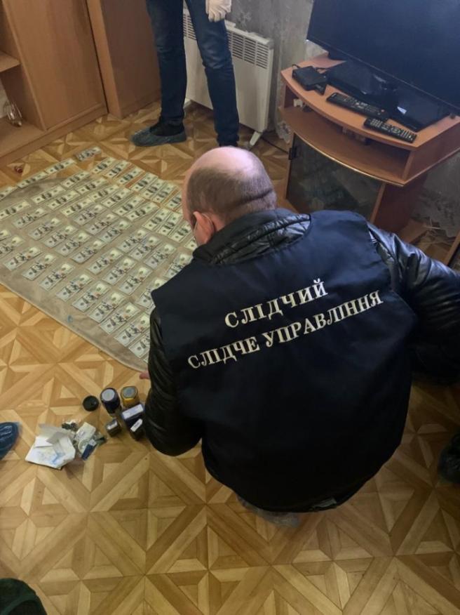 У Харкові злочинці торгували фейковими медичними довідками для водіїв
