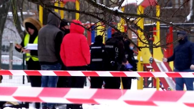 Підірвав себе на очах у дітей: подробиці самогубства чоловіка у Києві
