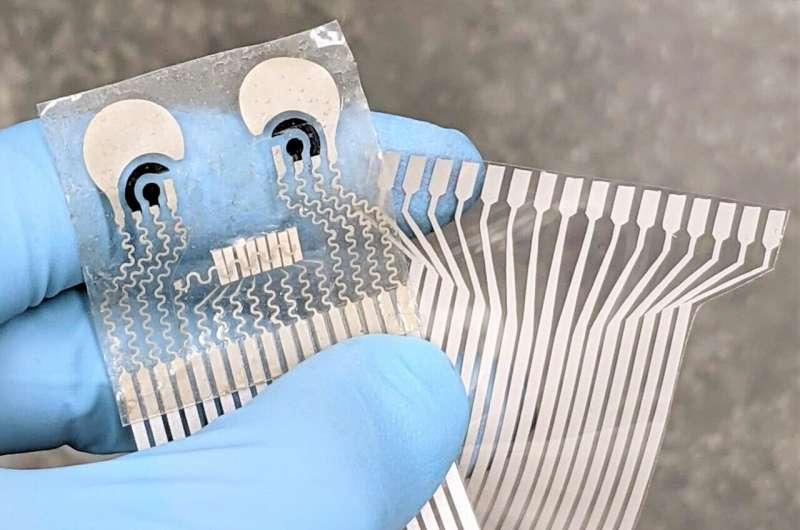 У США створили пластир, який вимірює тиск і серцебиття