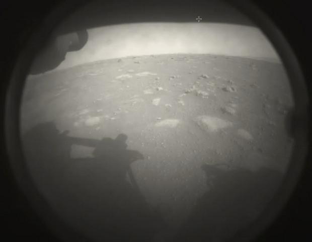 NASA показало дивовижні фото Марса