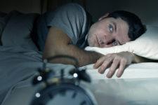 Депрессия и плохое настроение: как нерегулярный сон влияет на организм