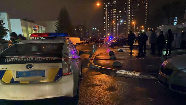 У Харкові біля входу в магазин розстріляли людину: оголошено план Сирена