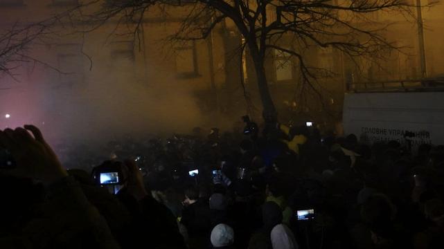 Протести під ОП на підтримку Стерненка: десятки затриманих і перші постраждалі