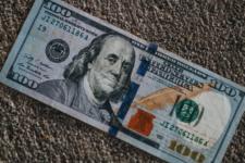 НБУ снова ослабил гривну: курс валют в Украине на 25 февраля