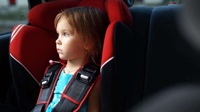 Кабмін змінив правила перевезення дітей в автомобілі