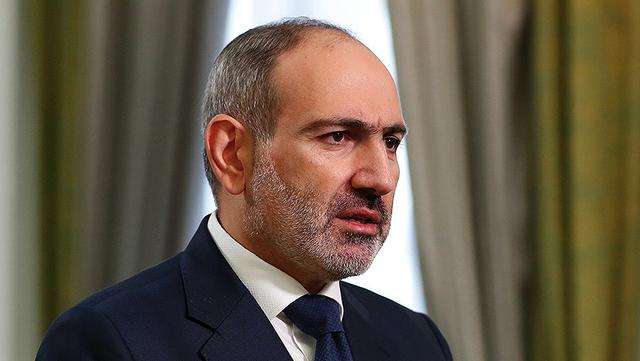 Пашинян оголосив про воєнний переворот у Вірменії