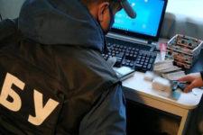 Поширювали фейки про Україну: на Львівщині викрили російські ботоферми