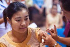 Covid-вакцина Pfizer эффективна на 94% — исследование