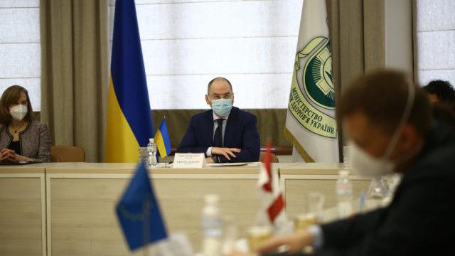 МОЗ планує до осені завершити основні заходи щодо Covid-вакцинації – Степанов