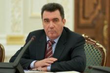 Данилов сообщил, сколько паспортов на Донбассе выдала РФ