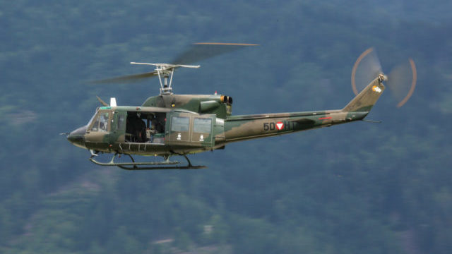 Літак Bell UH-1 Iroquois Ірокез