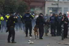 У Дубліні антикарантинні протести переросли у безлади та зіткнення із поліцією