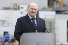 Лукашенко звільнив свого сина із посади помічника і зробив генералом