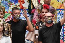 Роботи та диско-сукні 90-х: Dolce & Gabbana представили нову колекцію в стилі TikTok