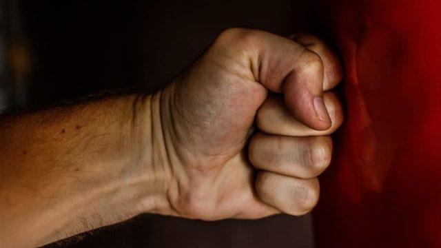 На Миколаївщині затримали педофіла, який розбещував 9-річну дівчинку