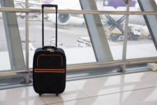 Ручна поклажа МАУ: все про правила перевезення багажу