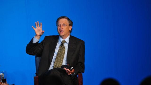 Білл Гейтс назвав три серіали Netflix, які варто переглянути кожному