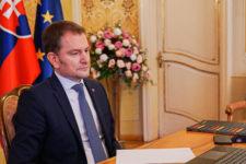 """Ви не приватна особа з пивом: у Словаччині засудили прем'єра за """"жарт"""" про Україну"""