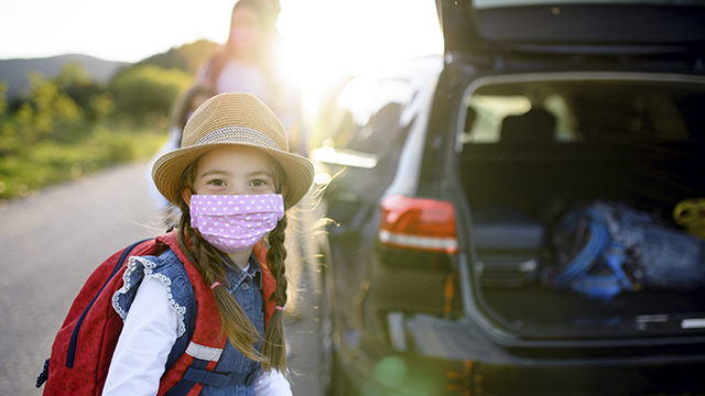 В Україні набули чинності нові правила перевезення дітей в авто: основні зміни