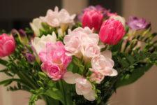 Квіти на 8 Березня: які дарувати і ціни в Києві