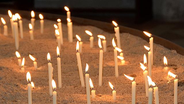 свічки, церква